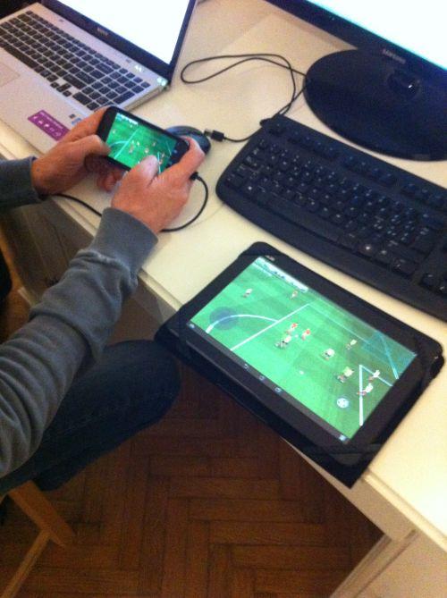 easysoccer3d.multiplayer